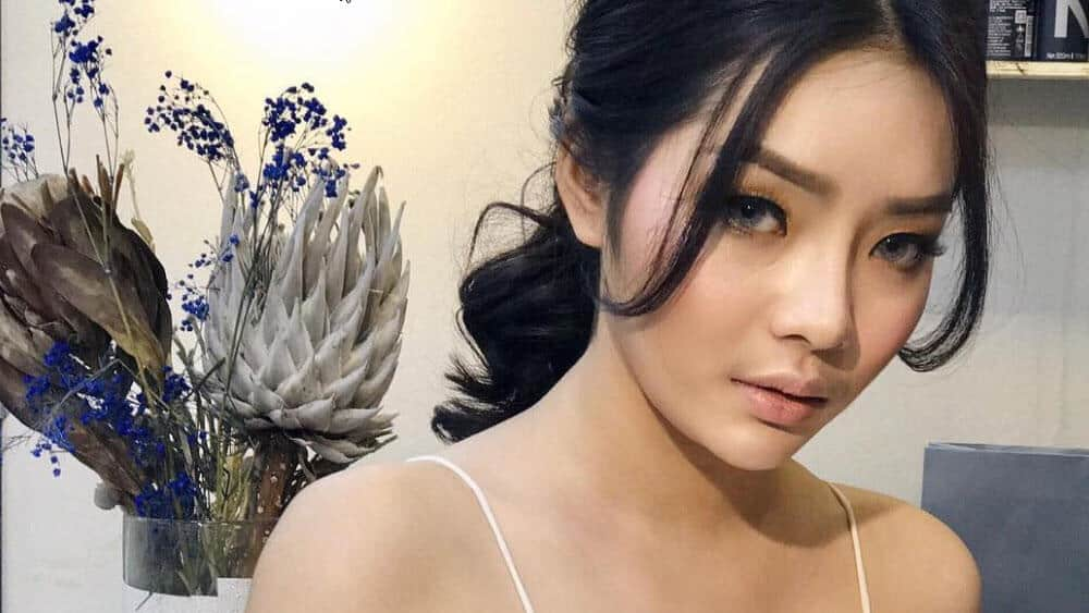 Cambodian Women – Meeting, Dating, and More (LOTS of Pics) 21