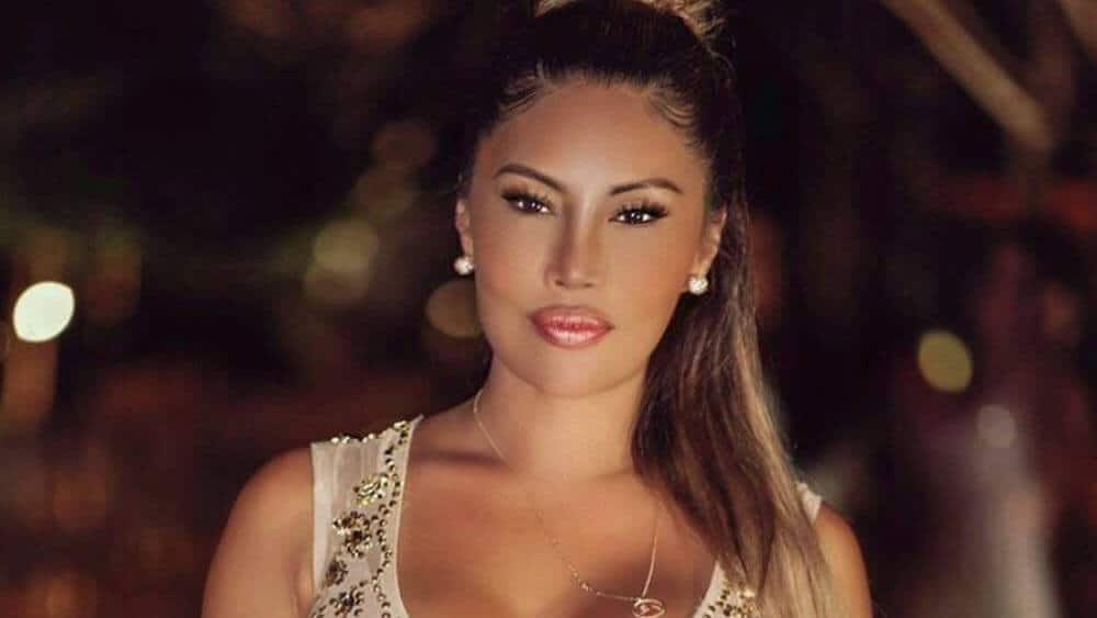 Moroccan Women – Meeting, Dating, and More (LOTS of Pics) 49