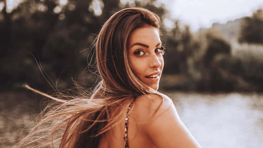 Portuguese Women - Meeting, Dating, and More (LOTS of Pics) 13