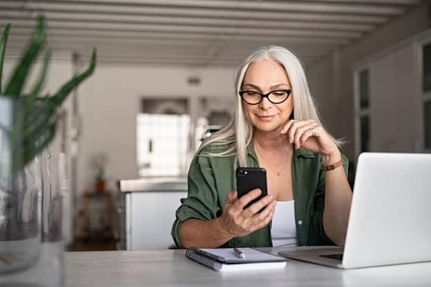 Best Dating apps for Older Women