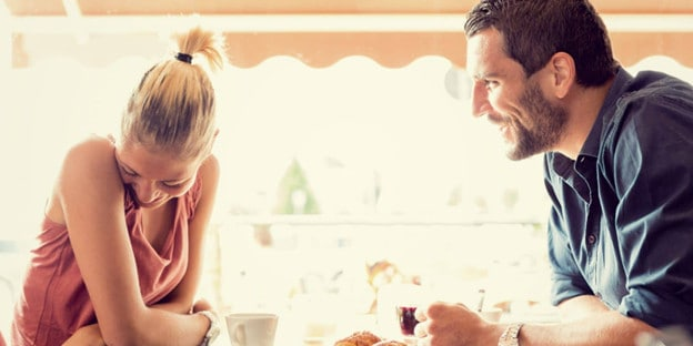 What to Talk about with a Girl in [year]: Communication is Key 1