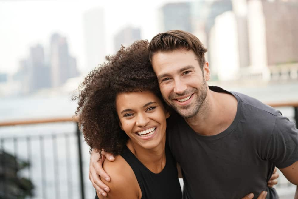 Best Dating Sites for Your 30s